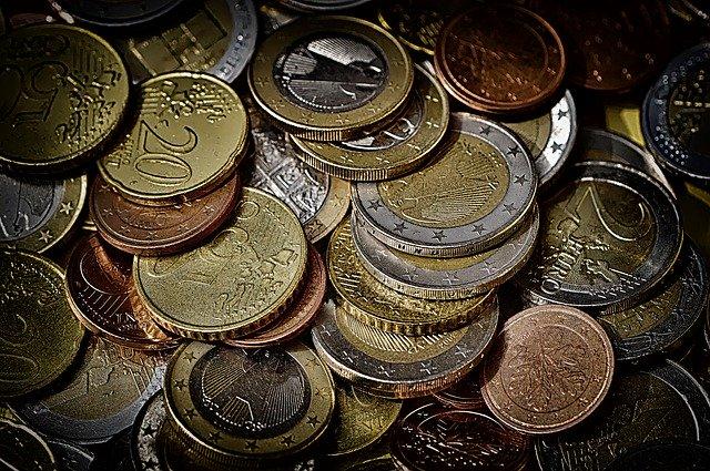 Eerlijke geldschieter gezocht