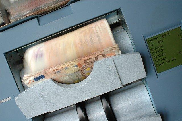 Particuliere geldverstrekker aangeboden